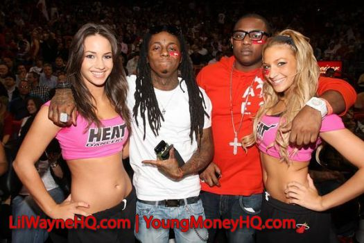Lil Wayne - Girls On Girls x Maybach Music 3