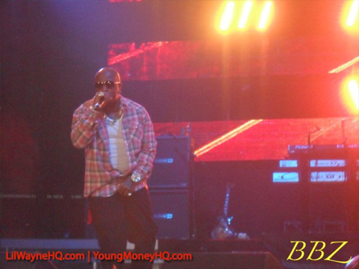 Lil Wayne America's Most Wanted Tour Pictures