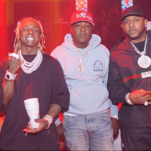 Jadakiss Shows Love To Lil Wayne + Wayne Jams Out To Headlock & Still At LIV