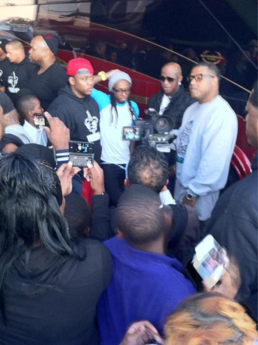 Lil Wayne & YMCMB 17th Annual Thanks Giving Day Turkey Giveaway