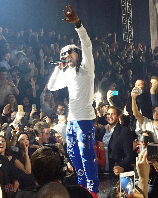 Lil Wayne Performs Live At Philipp Plein Fall Winter 2016 2017 Menswear Fashion Show In Italy