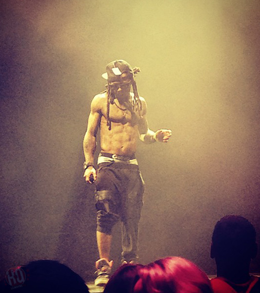 Front Row Footage Of Lil Wayne & Drake Performing Live In Dallas Texas