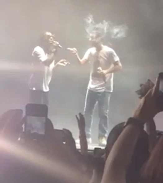 Lil Wayne & Drake Smoke A Joint & Sing Hold On Were Going Home Together In Camden