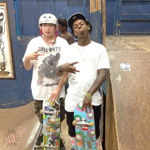 Lil Wayne Has A Late Night Skating Session At Milwaukee Four Seasons Skatepark