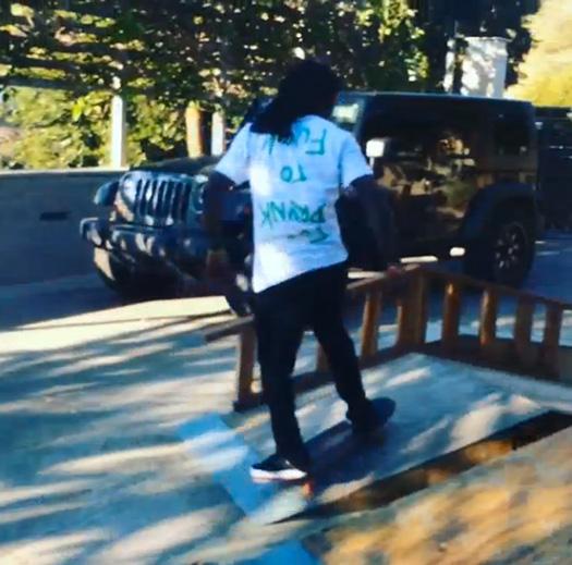 Lil Wayne & Lil Twist Have A Skateboarding Session