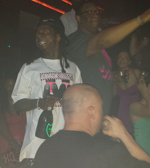 Lil Wayne Parties At LIV Nightclub With Floyd Mayweather, Jamie Foxx & Christina Milian