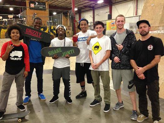 Lil Wayne Stops By Ollies Skatepark In Kentucky, Plays Big Tymers On His Phone