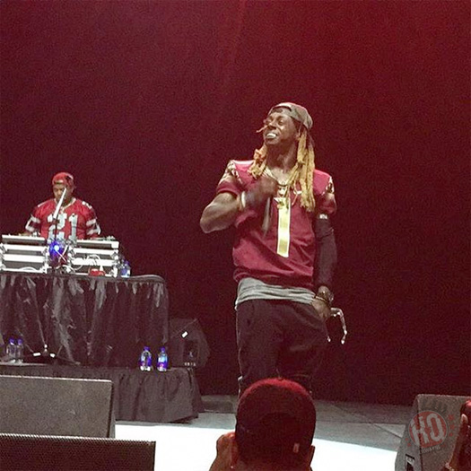 Lil Wayne Performs Go DJ, Hustler Musik & More Live In Tallahassee For Weekend Kickoff Live Tour