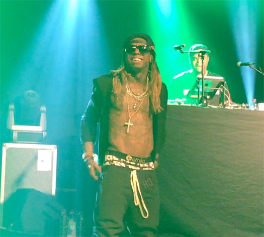 Lil Wayne Performs Live In Stuttgart, Jokes With The Crowd About Birdman & Cash Money