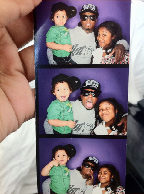 Lil Wayne Has Photo Booth Fun With His Kids