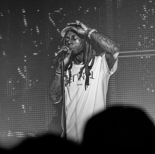 Lil Wayne Puts On A Live Show In Atlanta For His I Aint Shit Without You Tour