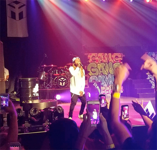 Lil Wayne Says Tha Carter 5 Is Coming Soon, Disses Cash Money & Shouts Out Roc Nation During Dallas Show