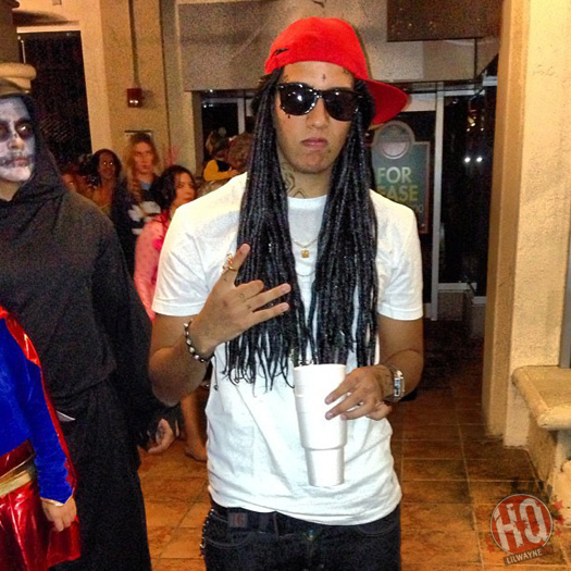 Fans Dressed Up As Lil Wayne For Halloween