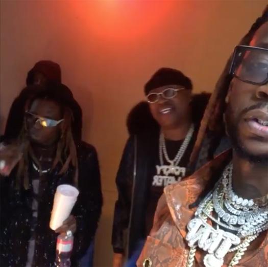 On Set Of 2 Chainz, Lil Wayne & E-40 2 Dollar Bill Video