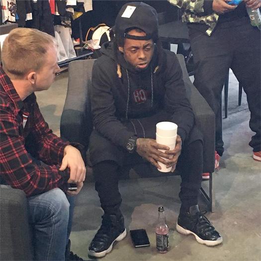 Sneak Peek Of Lil Wayne Life Of Mr Carter Song Off Tha Carter 5