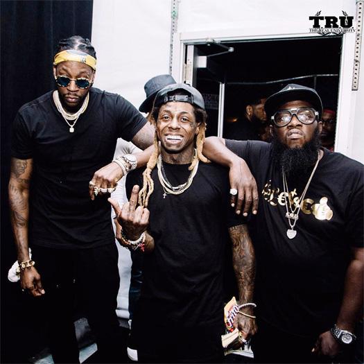 Recap Of Lil Wayne & 2 Chainz Live Performance At The 2016 Budweiser MIA Fest In Philadelphia