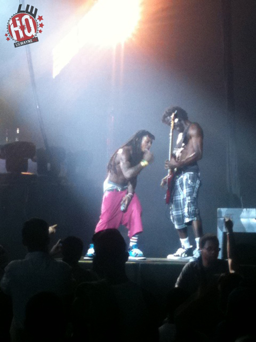 Pictures Of Lil Wayne Performing In Camden New Jersey
