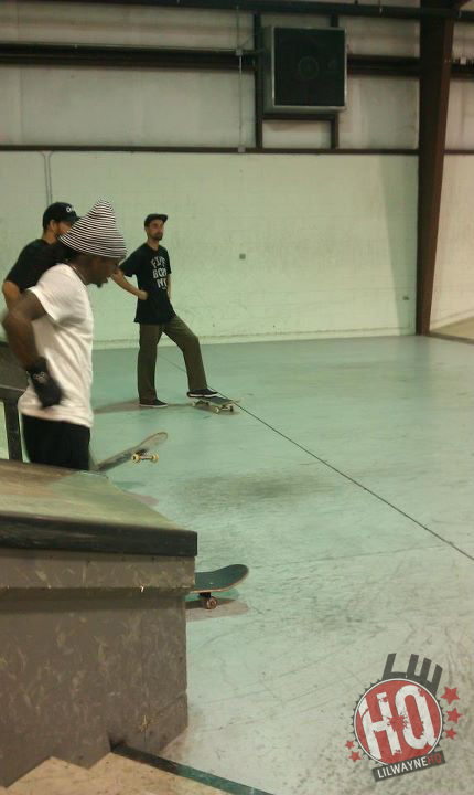 Lil Wayne Skateboarding Session At Midtown In Florida