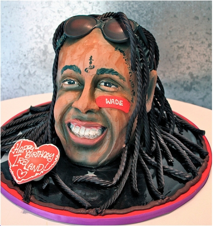 Lil Wayne Gets Made Into A Cake
