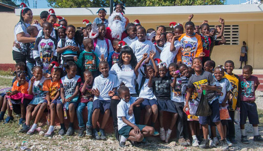 Lil Wayne Gives Back To Haiti For The Holidays