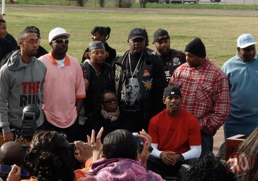 Lil Wayne Helps Rebuild A Park In New Orleans