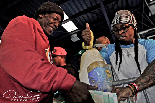 Lil Wayne Gives Out Turkeys Every Year For Thanksgiving